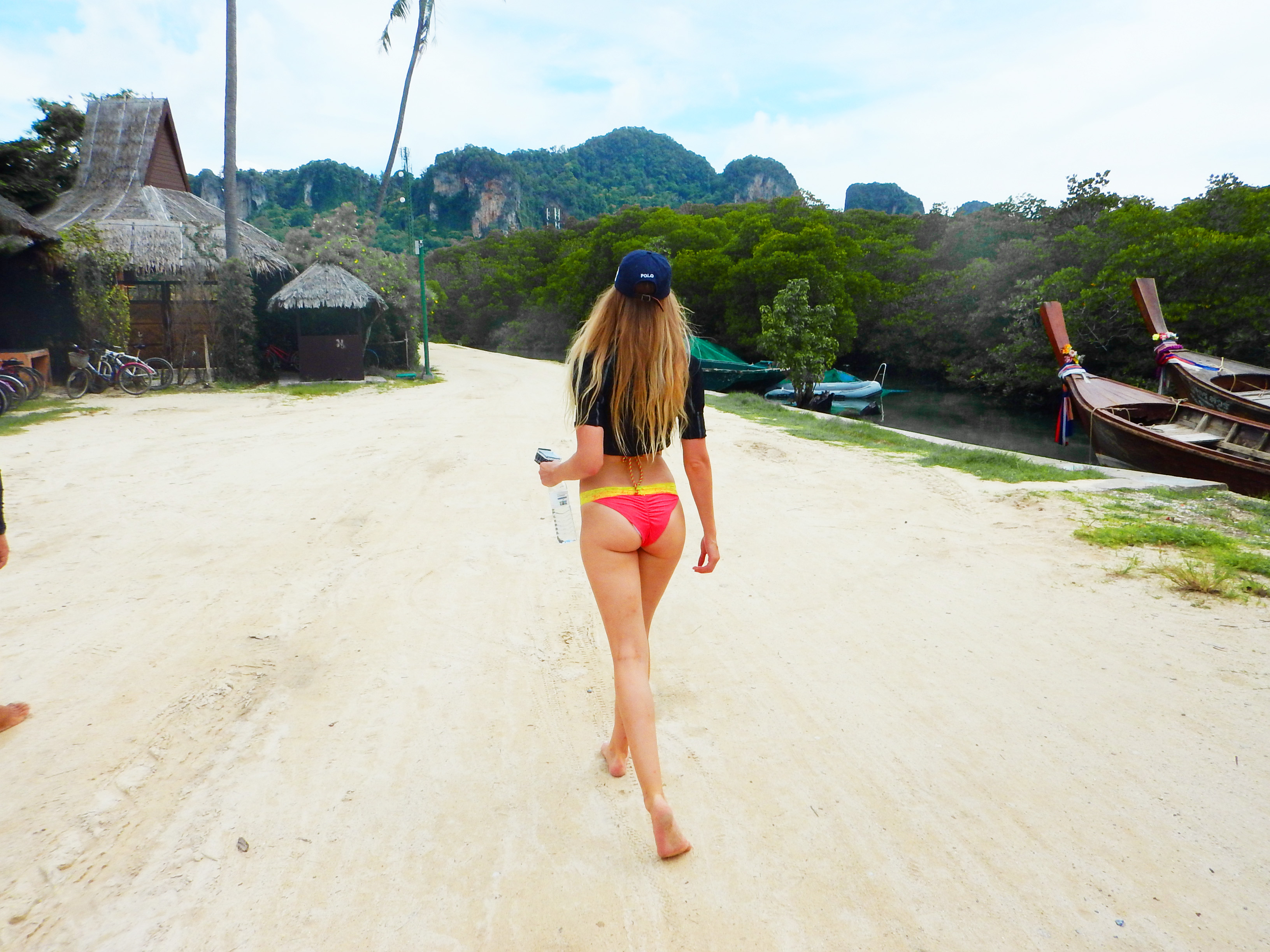 Kajaking at KohPhiPhi with Holiday Inn - by Leslie Huhn